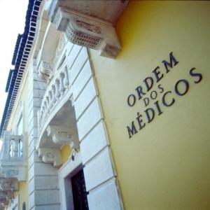 Protocolo de Cooperação na Formação Médica entre a Ordem dos Médicos de Portugal e a CMLP