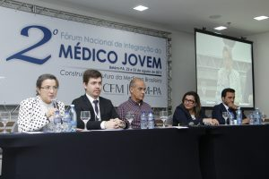 Médicos Jovens